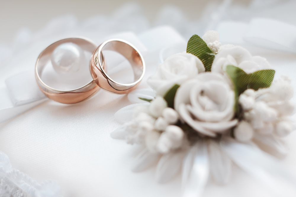 shutterstock 260323670 - Có được đăng ký kết hôn ở nơi tạm trú không?
