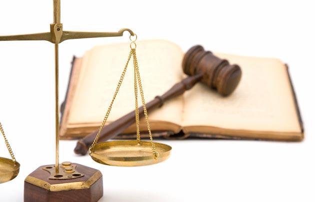 Loi justice marteau balance 630x405 C Thinkstock - Những trường hợp giao dịch dân sự vô hiệu